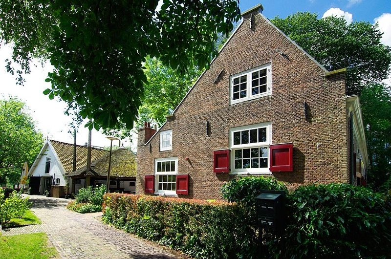 Authentic-Farmhouse-De-Vergulden-Eenhoorn-800x530